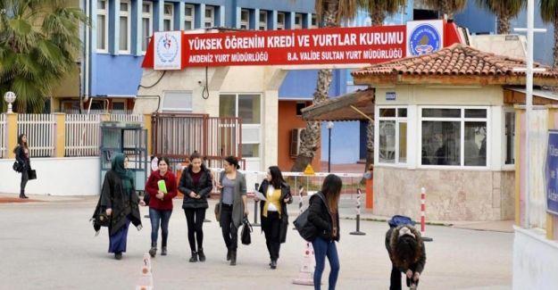 Yurttan atılan 5 kadın öğrenci açtıkları davayı kazandı