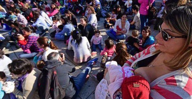 Arjantin'de kadınlardan emzirme eylemi