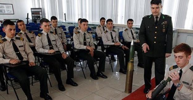 Askeri lise sınavlarında 'FETÖ/PDY' yapılanmasının soruları sızdırdığı iddiası