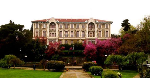 Boğaziçi Üniversitesi'nde bütün dekanlar istifa etti