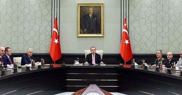 Cumhurbaşkanı Erdoğan: 3 ay süreyle OHAL ilan edildi