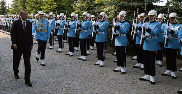 Cumhurbaşkanlığı Muhafız Alayı'ndaki 283 asker gözaltına alındı