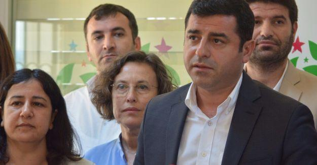 Demirtaş, HDP'nin hükümete yönelik uyarı ve önerilerini açıkladı