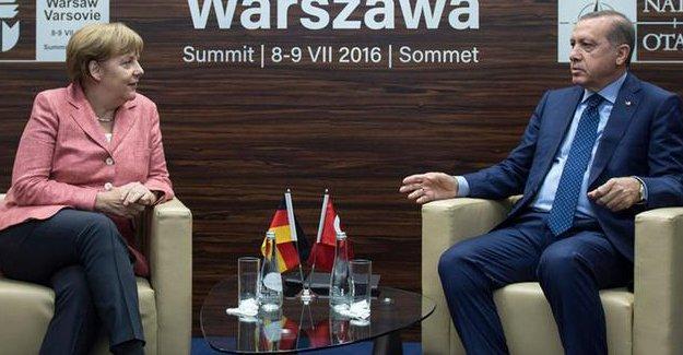 Der Spiegel: Erdoğan, Merkel'den imkânsız bir talepte bulundu