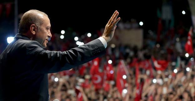 Erdoğan: İsteseler de istemeseler de Taksim'e kışlayı yapacağız!