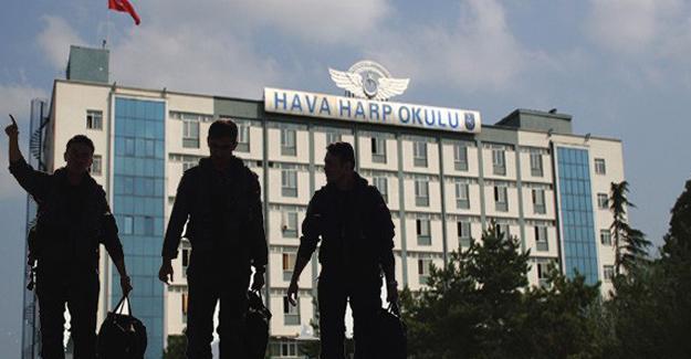 Hava Harp Okulu Dekanı gözaltına alındı