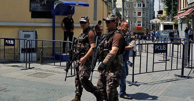 İstanbul'daki Fransa Başkonsolosluğu bugün de kapalı