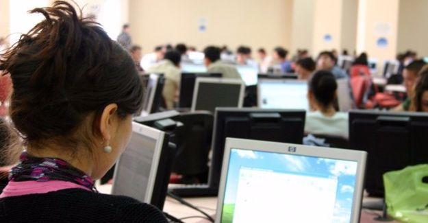 Kamu çalışanlarının yurtdışına çıkışı durduruldu, izinleri iptal edildi