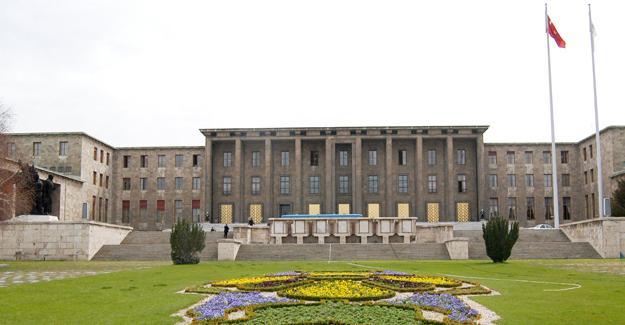 Meclis'te darbe komisyonu kuruluyor