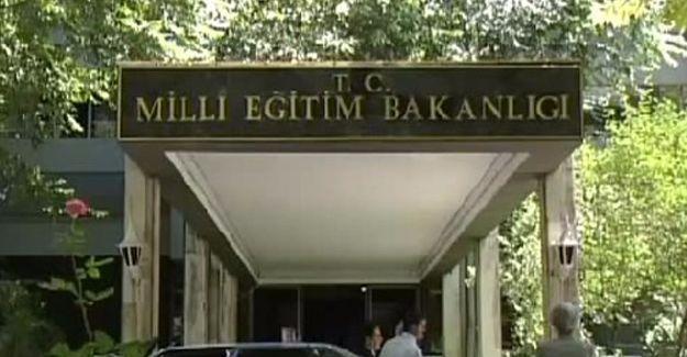 Milli Eğitim'de 15.200 personel açığa alındı, YÖK dekanların istifasını istedi