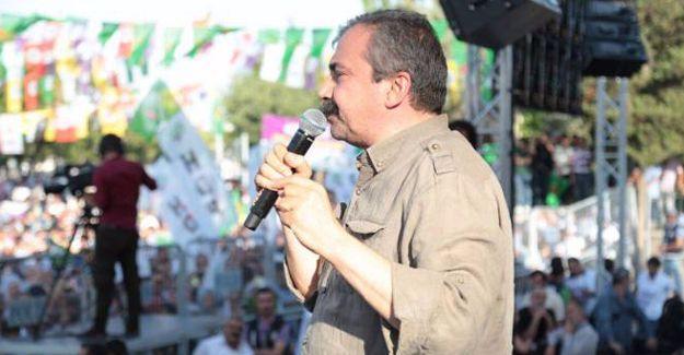Sırrı Süreyya Önder: Köprüden önceki son çıkıştayız