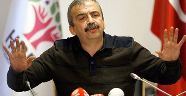 Sırrı Süreyya Önder, Öcalan'ın mesajını değerlendirdi