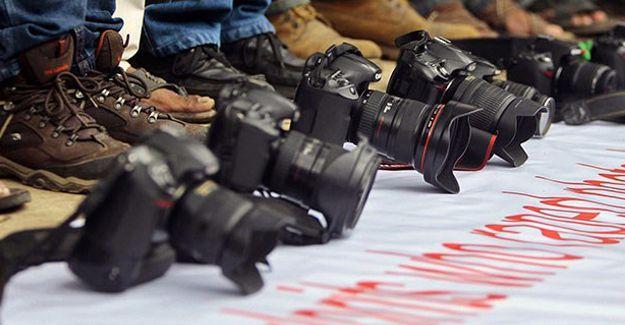 DİHA muhabirinin de aralarında bulunduğu 8 kişi gözaltına alındı