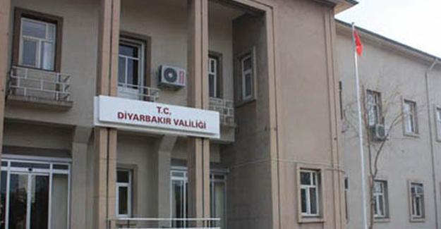 Diyarbakır'da 2 vali yardımcısıyla 1 kaymakam tutuklandı