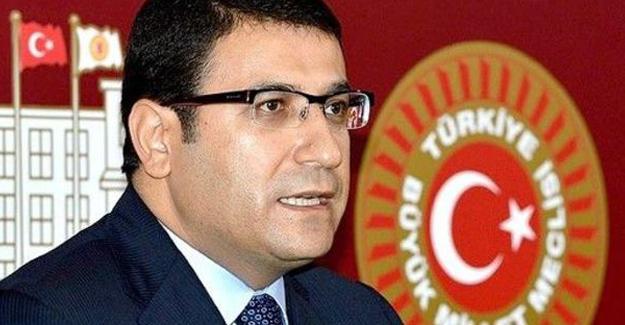 Eski AKP'li vekil 'FETÖ'den gözaltına alındı