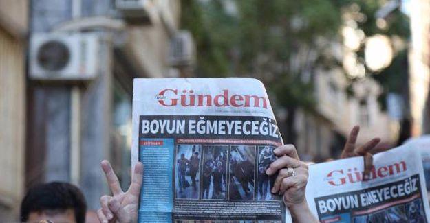 Gözaltındaki gazetecilerden 22'si Çağlayan'da savcılığa çıkarılacak