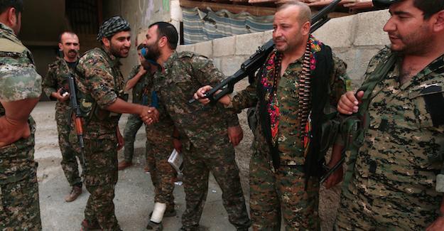 Haseke'de Kürt Güçleri ile Suriye Ordusu arasında ateşkes