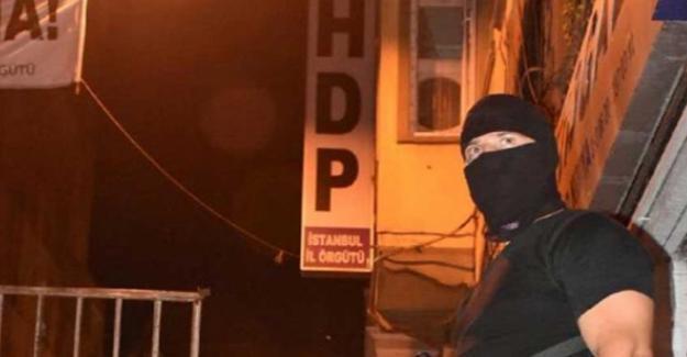 HDP İstanbul İl Örgütü binasına polis baskını