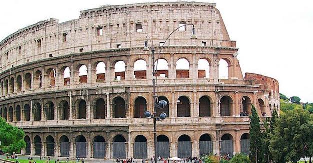 İtalya'da gençlere 500 euro kültür sanat desteği