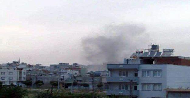 Kilis'e Suriye'den 3 roket atıldı