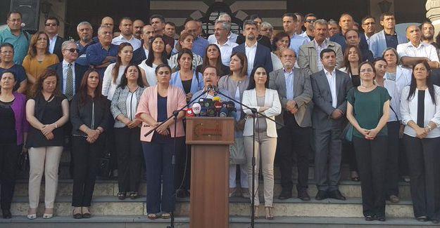 Kürt siyasetinden açlık grevi kararı: Tek talep Öcalan ile görüşme