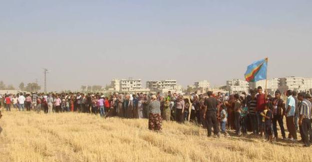 'Türkiye Kobani'de çukur kazıyor' iddiasına yanıt