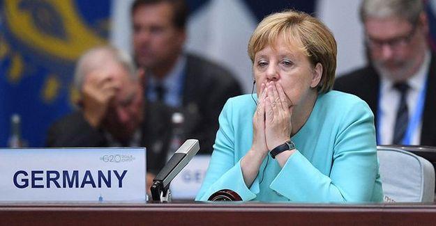 """""""Almanya yeni bir dönemin başlangıcında"""""""