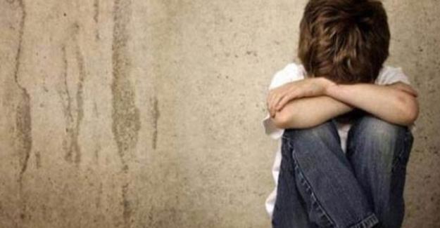 Almanya'da istismara karşı okullarda kampanya
