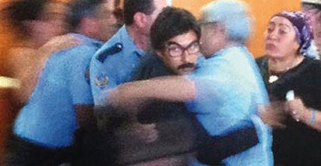 Bilirkişi raporu Ethem Sarısülük'ü öldüren polisin savunmasını çürüttü