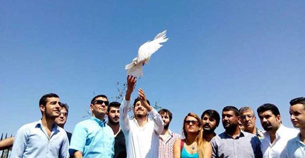 CHP Gençlik Kolları: Acıda yalnız bırakılmış Kürt halkıyla barışmak zorundayız