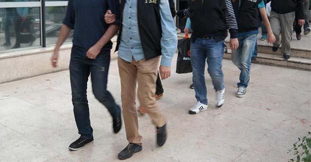 CHP raporu: Demokrat ve solcular FETÖ'cü diye açığa alındı