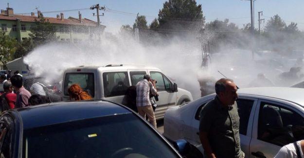 Diyarbakır'da eğitim emekçilerine polis saldırısı: Çok sayıda gözaltı