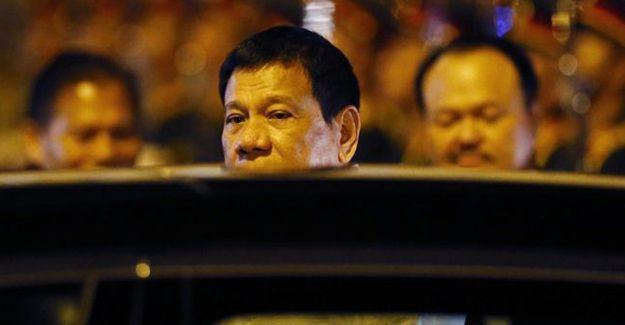 Filipinler Devlet Başkanı Obama'ya küfretti, görüşme iptal oldu