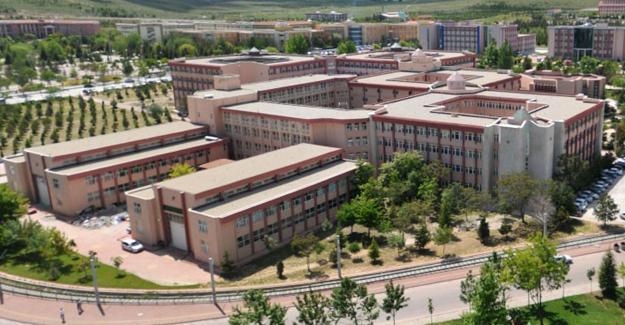 Konya'da 26 akademisyen gözaltına alındı