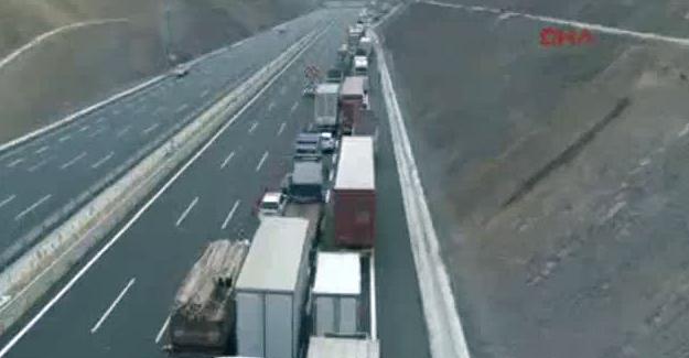 Sürücüler 3. köprü yolunda isyan etti