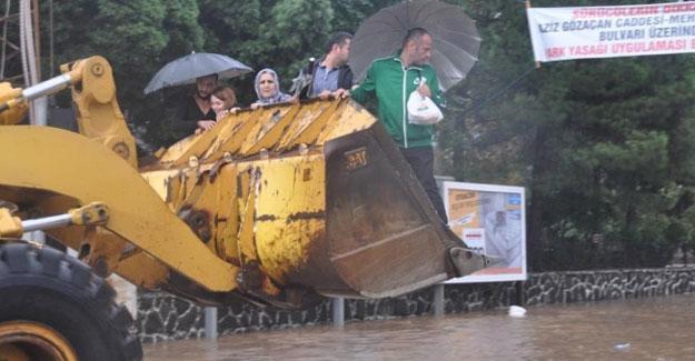 Trabzon'da toprak kayması: 2 kişi hayatını kaybetti