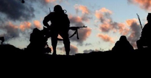 Van'da çatışma: 8 asker hayatını kaybetti