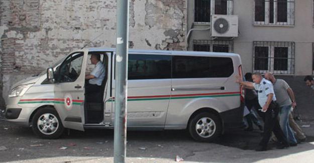 Adana'da keşfe giden hakimin aracına patlayıcı atıldı