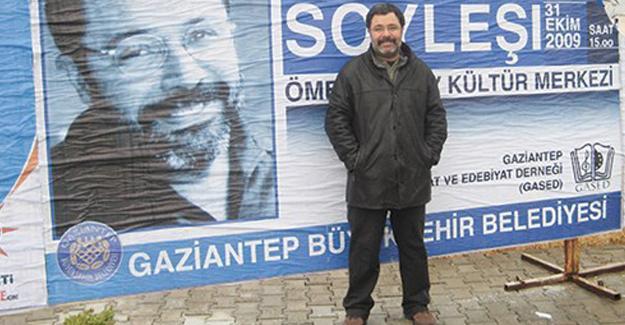 Ahmet Ümit: Bütün romancılar, idareciler, gazeteciler birleşse Antep kurtulmaz