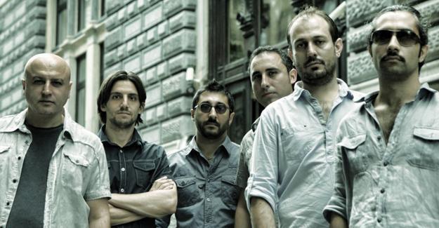 Altın Portakal'da En İyi Müzik Ödülü alan Bajar Kadıköy Sahne'de