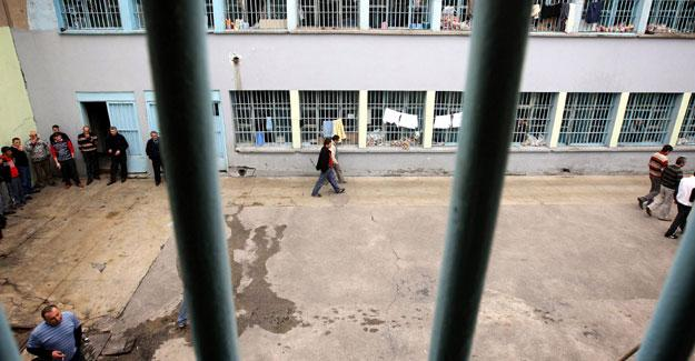 Cezaevlerinde doluluk oranı yüzde 104