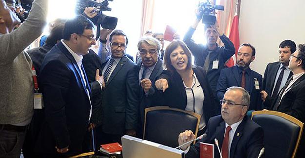 Darbe Komisyonu'nun HDP'li üyeleri komisyonu terk etti