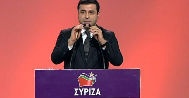 Demirtaş Syriza kongresinde konuştu: Halklarımızı bir arada tutmanın mücadelesini veriyoruz