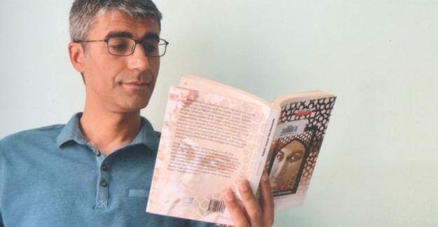 Edebiyatçılar'dan İlhan Çomak çağrısı: Şaire özgürlüğünü verin
