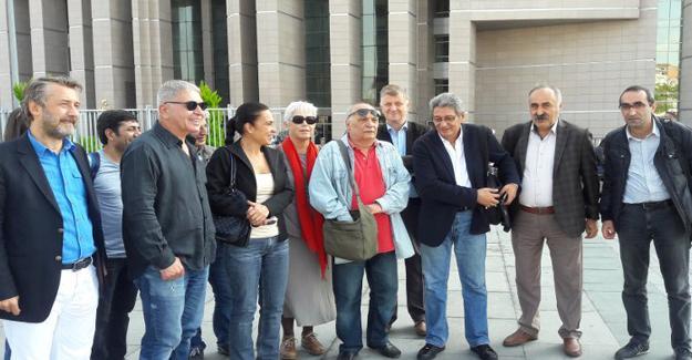 Gazeteciler Celal Başlangıç ve İnan Kızılkaya'nın davası ertelendi