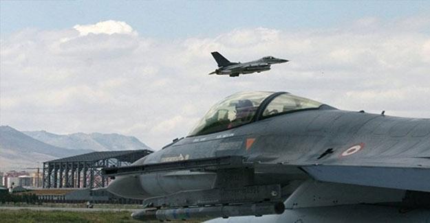 Koalisyon uçakları IŞİD'in işgalindeki Musul'u vurdu