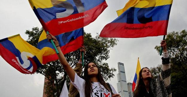 Kolombiya'da FARC'lı referandum