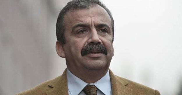 Sırrı Süreyya Önder, Mehmet Ağar'ın sözlerini değerlendirdi