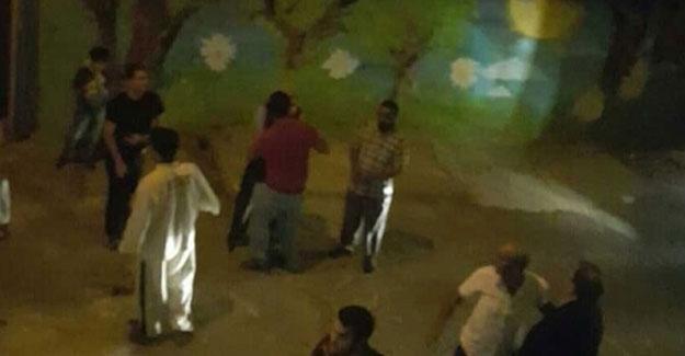 Tophane'de kadınların sergisine 'İçki içiliyor' saldırısı