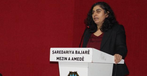 """""""Yoksulluk Türkiye'de Kürtleşmiş, cinsiyet olarak da kadınlaşmıştır"""""""